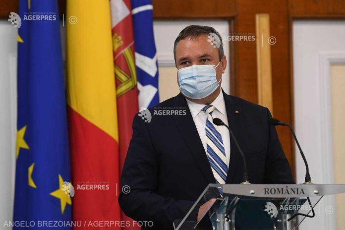 Ministrul Apărării şi şeful Statului Major s-au întâlnit, la Bucureşti, cu secretarul Forţelor Navale ale SUA