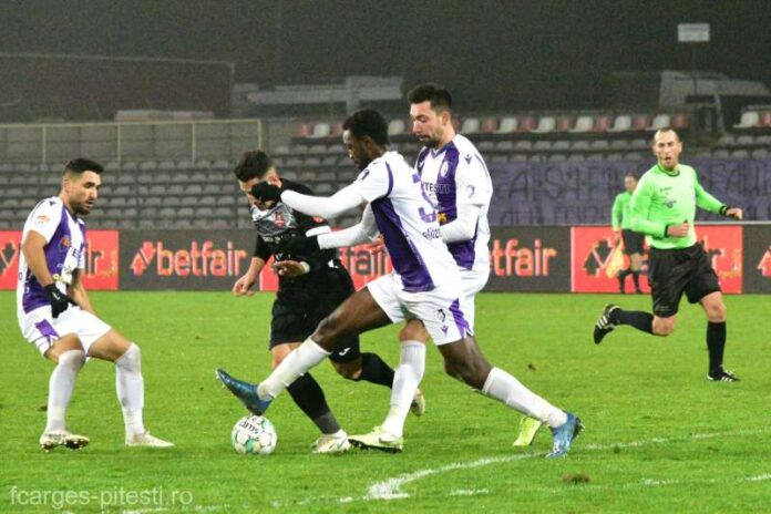 Fotbal: FC Argeş îşi reia marţi pregătirile pentru partea a doua a sezonului