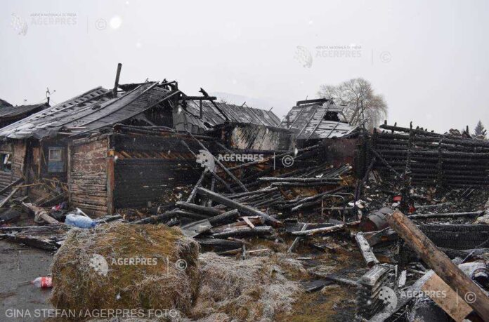 Guvernul anunţă că este pregătit să sprijine persoanele afectate de incendiul din Miercurea Ciuc